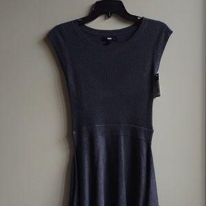 ⚜️Beautiful Mossimo Knit Dress ⚜️New w Tag
